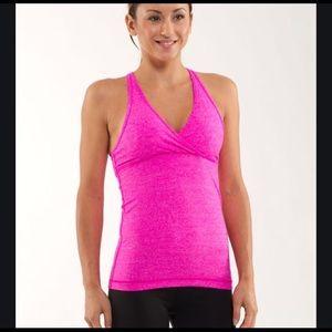 🍋lululemon pink tank with bra/pads❤️New listing⭐️